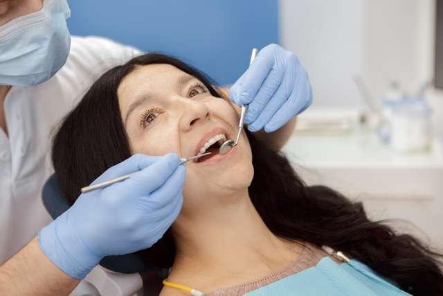 Шатаются зубы у взрослого - что делать с коренными и передними