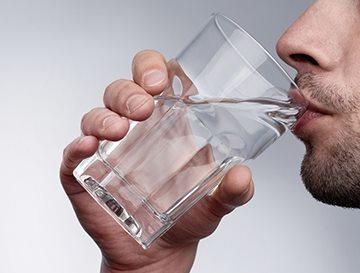 Почему во рту вяжет, о какой болезни говорят симптомы этого неприятного ощущения? Почему вяжет во рту — причины, симптоматика, лечение