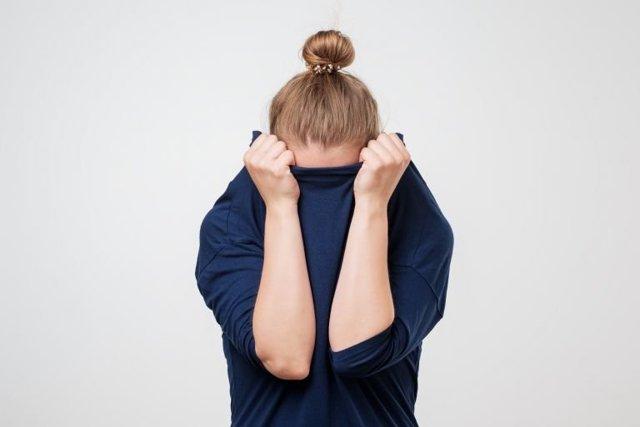 Жировые пробки на голове, сальные пробки на голове, сальные пробки на голове лечение, растворить сальные пробки на голове