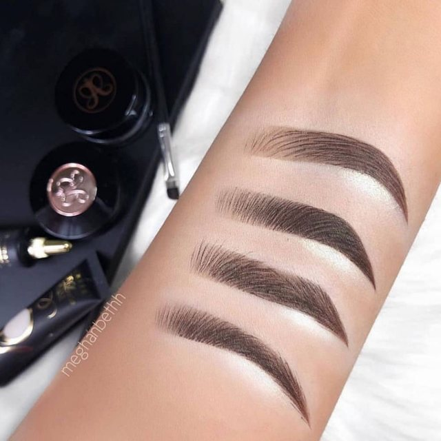 Перманентный макияж бровей волосковая техника: что это такое и как делается