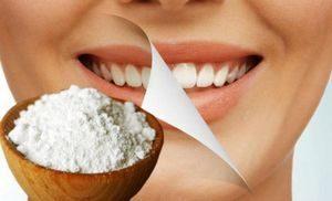 Чем почистить зубы если нет зубной пасты и щётки: заменяем обычные средства
