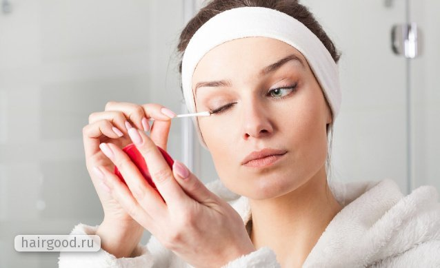 Как мыть нарощенные ресницы, чтобы не оставалось белого налета, дольше продержались, мицеллярной водой, пенкой. Видео, отзывы