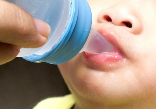 Бутылочный кариес у детей: его причины и лечение (с подробными фото)