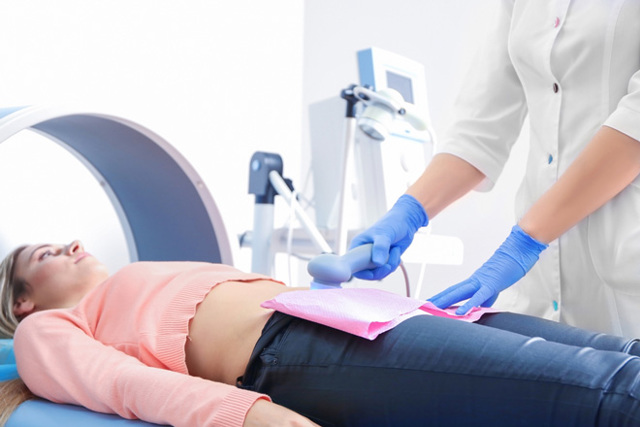 Функциональная киста левого яичника — причины, признаки и методы лечения заболевания
