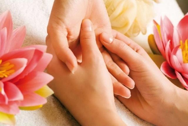 Можно ли делать массаж при миоме матки: спины, гидромассаж, лимфодренажный массаж