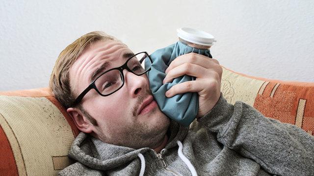 Как и чем быстро снять сильную зубную боль в домашних условиях, успокоить и убрать острую зубную боль