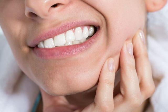 Удаление зубов: что делать после, если удалили коренной и мудрости и чешется лунка, для заживления десны, чтобы быстрее зажило