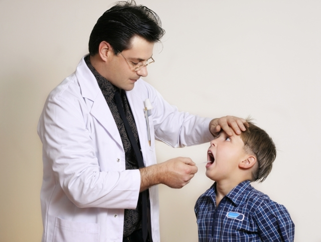 Фторирование зубов у детей: глубокое, с какого возраста и нужно ли делать, что говорит комаровский