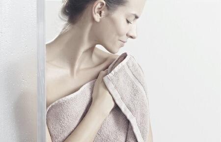 Массаж при мастопатии: показания, техники, противопоказания