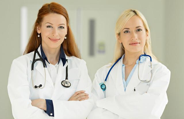 Кровянистые выделения после осмотра гинеколога (почему кровит шейка матки, беловатые выделения) – причины