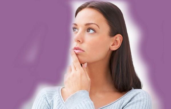 За неделю до месячных болит живот: почему, может ли это говорить о патологии?