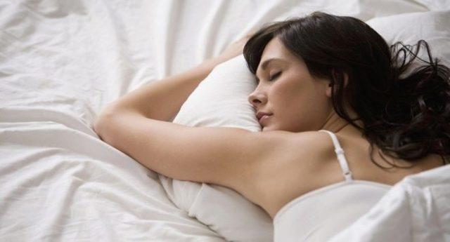 Боли после кесарева сечения. Сколько болит живот после кесарева? Можно ли спать на животе после кесарева?