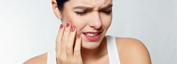 Как избежать периимплантита: 5 важных советов