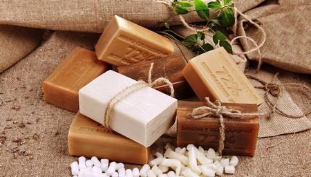 Хозяйственное мыло при молочнице: способы лечения, профилактические меры и правила интимной гигиены