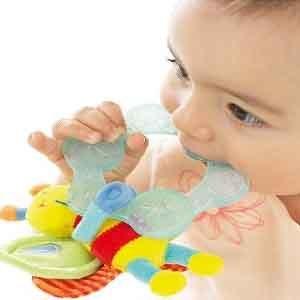 Чешутся десна у 3-х, 4-месячного ребенка: как облегчить состояние, народные средства