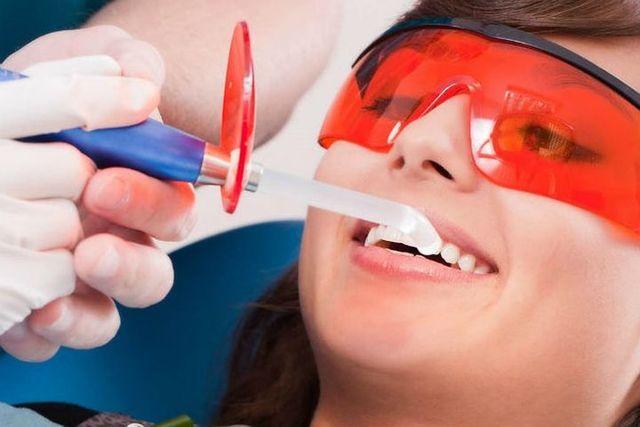 Аир флоу чистка зубов - что это такое, рекомендации после отбеливания