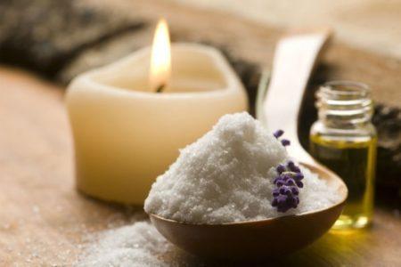 Солевой скраб: как его использовать и для чего он нужен — 2020