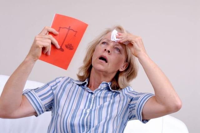 Боль в молочных железах при климаксе, симптомы, лечение