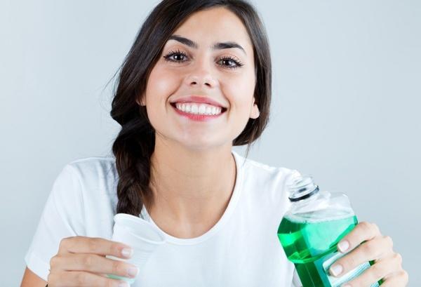 Ополаскиватель для полости рта листерин - показания к применению, состав, разновидности