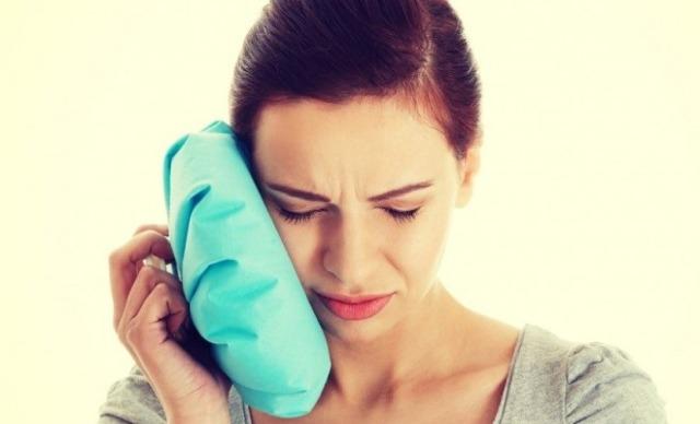 После удаления зуба мудрости болит горло и больно глотать – что делать?