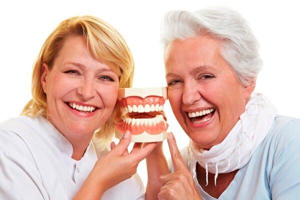 Льготное протезирование зубов в 2020 году: кому положено, как сделать, законы и последние новости