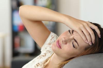 Болит голова после удаления зуба мудрости: удалили моляр и возникла головная боль, что делать