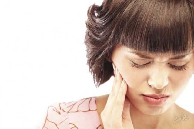 Шишка на десне после удаления зуба: твердый или мягкий нарост может быть предвестником серьезных проблем