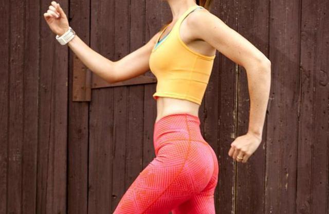 Можно ли бегать при месячных, особенности занятия бегом в критические дни