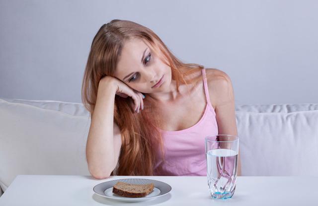 Задержка 2 недели: нет менструации, но тест отрицательный