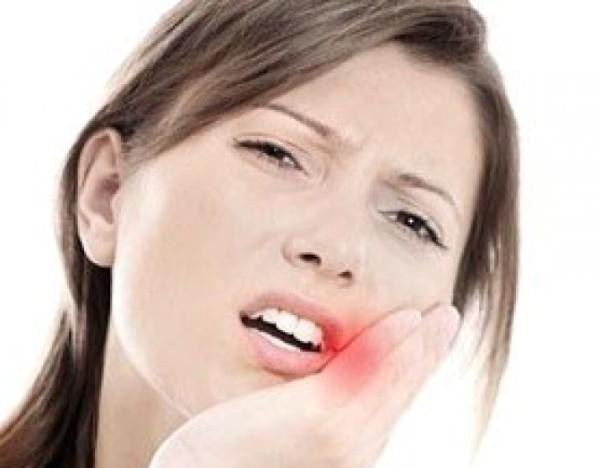 После удаления зуба остался осколок: осложнения и особенности лечения