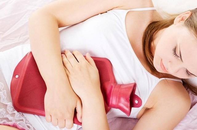 Выделения при месячных: норма, какие должны быть у женщины