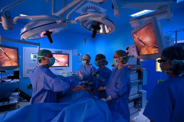 Спайки после лапароскопии: причины, симптомы, диагностика, как лечить