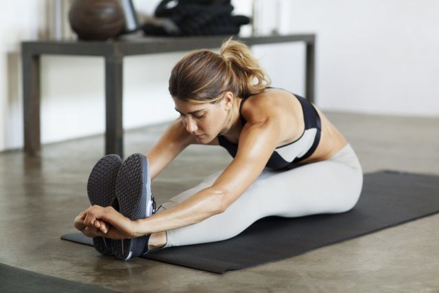 Можно или нельзя заниматься фитнесом во время месячных: главные факты