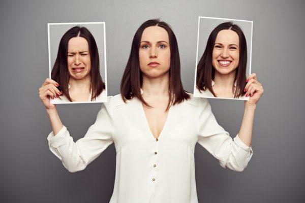 Болит сердце перед месячными: причины и способы облегчения жалоб