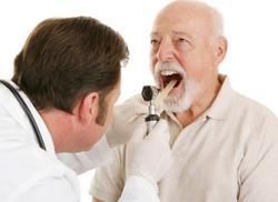 Гной в горле: причины, симптомы (+фото) и лечение, как избавиться