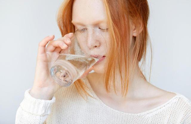 Задержка месячных и понос: что это может быть, причины диареи