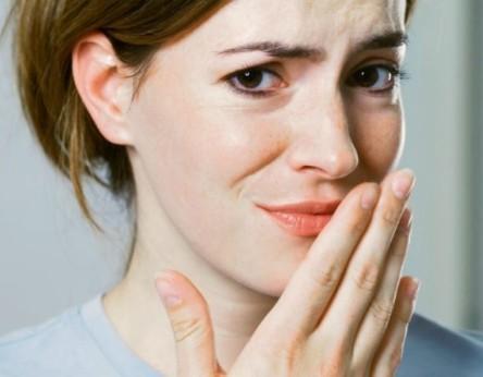 Привкус кислого во рту: причины, лечение неприятного симптома
