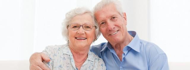 Имплантация зубов - плюсы и минусы имплантов, мнение специалиста