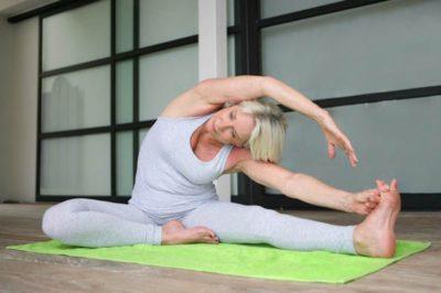 Йога во время месячных - опасные и полезные асаны