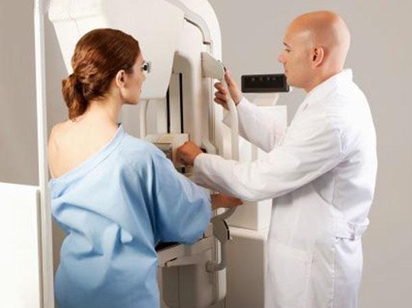 Фиброма груди: фиброматоз грудной железы, что это такое, лечение