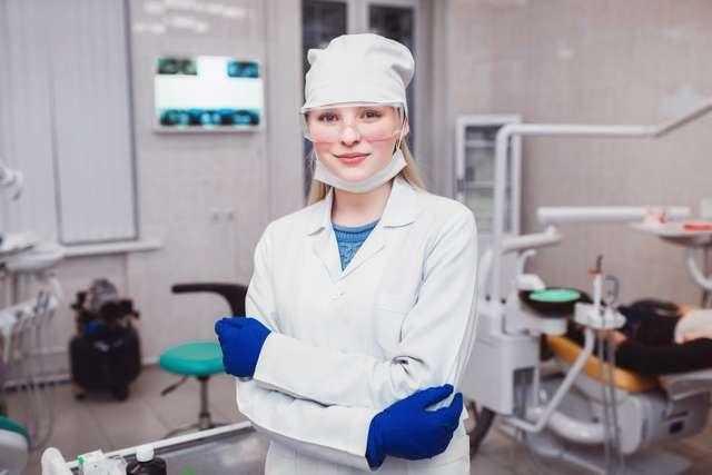 Цельнолитые мостовидные протезы - клинико-лабораторные этапы изготовления, установка