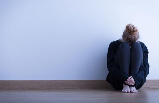 Гипоменорея: что это и по каким причинам развивается отклонение