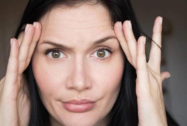 Чем филлеры отличаются от ботокса: основные различия «уколов красоты»