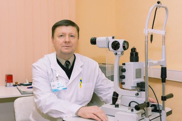 Симптомами каких заболеваний могут быть мешки под глазами? Что делать?