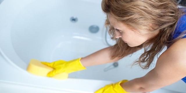 Как отмыть налет в ванной: 5 эффективных вариантов чистки