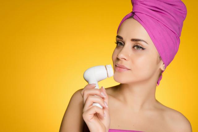 Сухость кожи зимой: причины и пути их решения (+ комментарий дерматолога)