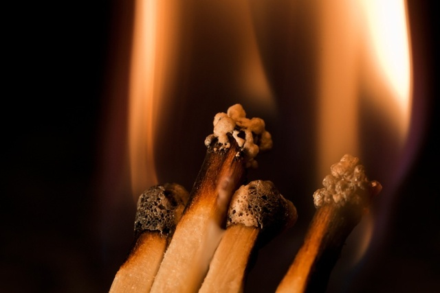 Прижечь папилломы в домашних условиях: описание, традиционное выжигание бородавок