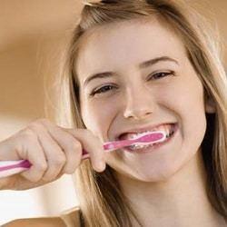 Чувствительность зубов при беременности: гиперестезия, чувствительная эмаль