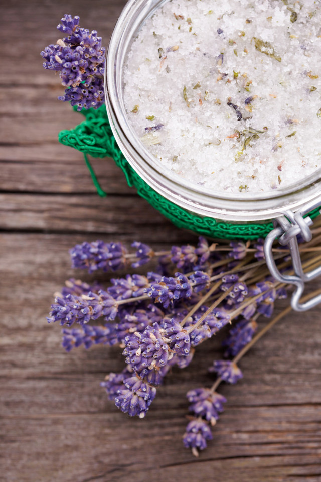 Готовим скраб от целлюлита в домашних условиях: топ 5 рецептов